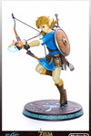 Legend of Zelda: Breath of the Wild Link Statue