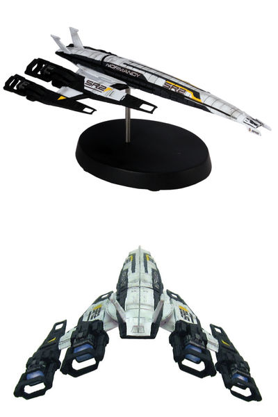 Mass Effect: Cerberus Normandy SR-2 Ship Replica