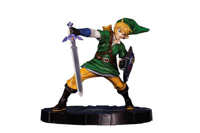 Legend of Zelda: Skyward Sword - Link Figure