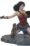 JLA Movie Gallery Wonder Woman PVC Figure