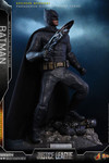 Hot Toys Justice League Batman Movie Masterpiece 1/6 Scale Figure (Deluxe Version)