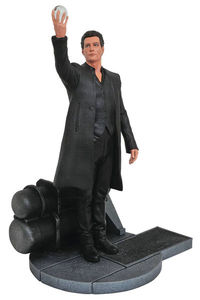 Dark Tower Gallery Man In Black Pvc Figure