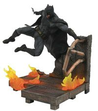 JLA Movie Gallery Batman PVC Figure