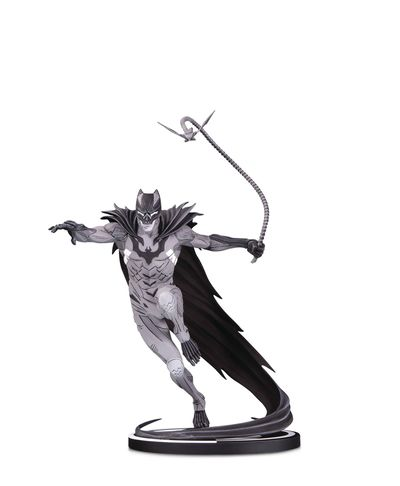 Batman Black & White Statue by Kenneth Rocafort